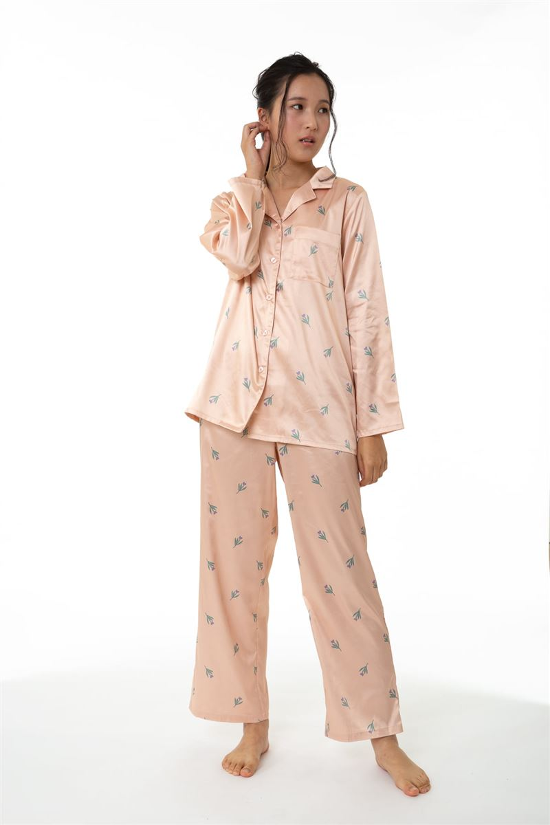 サテン花柄襟付き長袖パジャマ