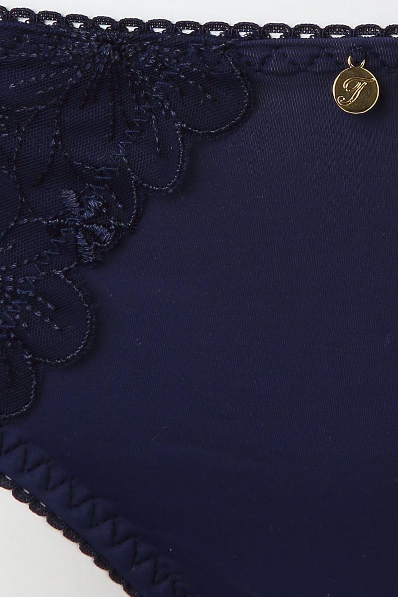 [谷間・すっぴんメイクブラ]単色刺繍ショーツ