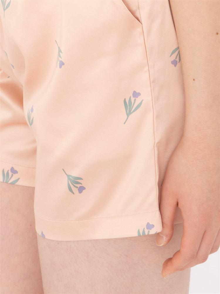 サテン小花柄1分丈パンツ