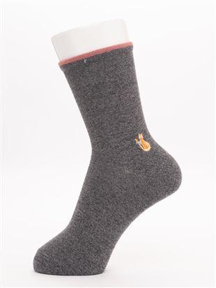 温調幅広口ゴム直角ヒール猫刺繍ソックス16cm丈|クルーソックス