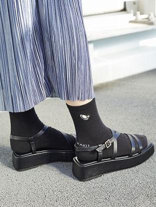 綿混かき刺繍足底パイルソックス15cm丈 