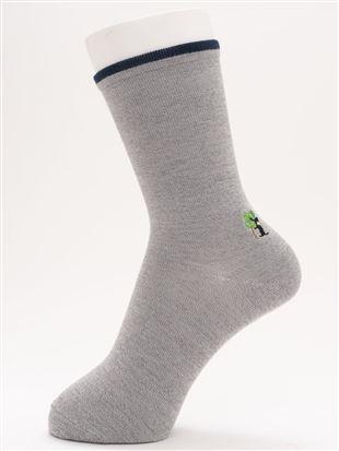 [ちょうどいい靴下]直角ヒール猫刺繍温調ソックス16cm丈|クルーソックス